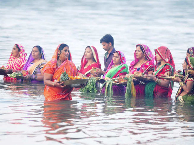 32558-4-do-you-know-these-8-important-facts-about-chhath.jpg