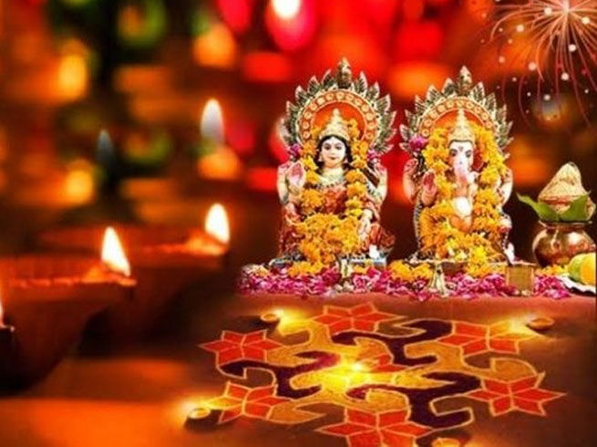 Diwali Date Time Muhurat 2020 Diwali Kab Hai Diwali Date Muhurat 2020 Dhanteras And Narak Chaturdashi द व ल कब ह ज न सह त थ इसल ए ह अबक ब र उलझन क स थ त Vrat Tyohar नवभ रत