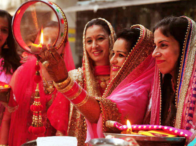 Karwa Chauth 2020: Keeping fast is ritual to celebrate Karva Chauth when Girls and women are excited to have Mehndi designs on Karwa Chauth.
