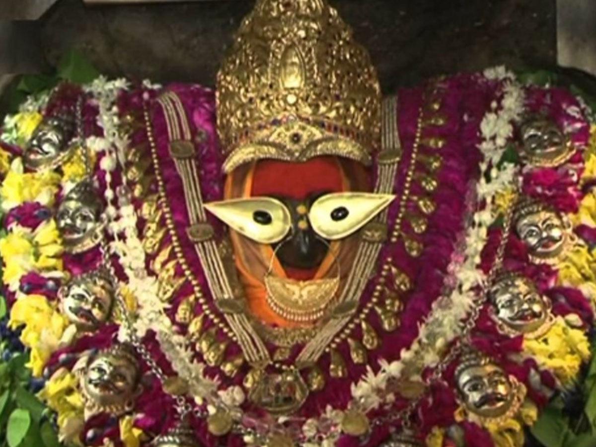 इसलिए शनि महाराज को इन देवी-देवताओं से लगता है डर