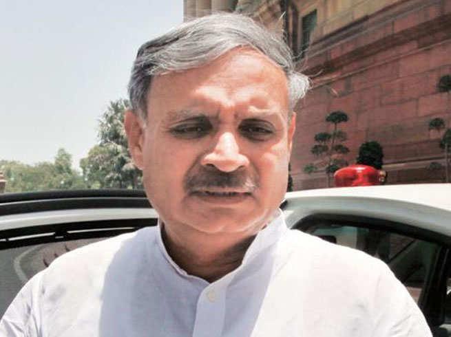 rao inderjeet singh attacks on cm manohar lal khattar in public meeting