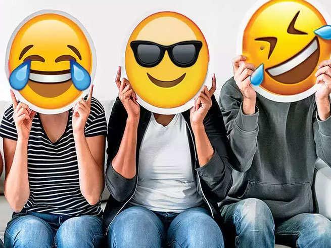 World Emoji Day: जानें, इमोजी से जुड़े कुछ इंट्रेस्टिंग बातें