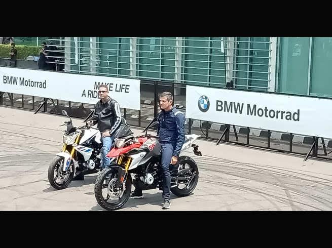 BMW ने पेश कीं 2 नई बाइक्स, कीमत 2.99 लाख रुपये से शुरू