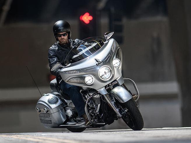 आ रही यह धाकड़ 'इंडियन' मोटरसाइकल, गजब हैं फीचर्स!