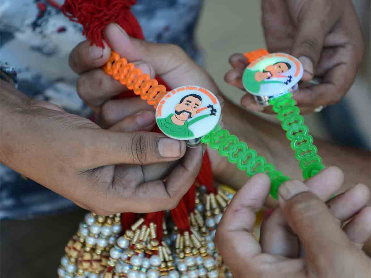 Rakhi with Abhinandan
