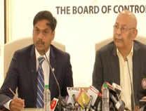 ICC World Cup 2019: बीसीसीआई ने भारतीय टीम का किया ऐलान, कार्तिक को मिली जगह