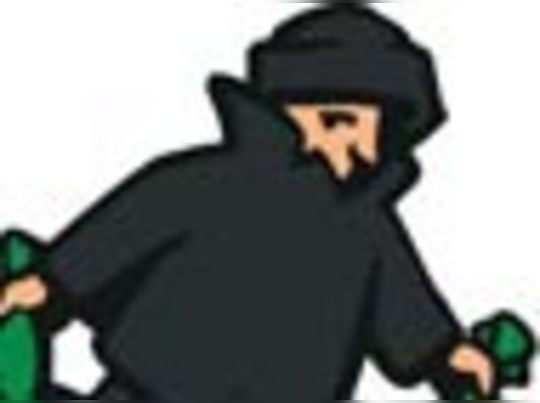 अंबोली में पार्षद के घर चोरी