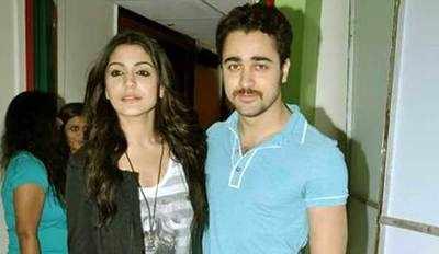 बॉलिवुड ऐक्टर अनुष्का शर्मा और इमरान खान