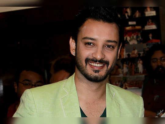 cinema News : মহিলাদের সব চেয়ে বড় টার্ন-অন: টাক্সেডো পুরুষ - interview with Saheb Bhattacharya | Eisamay