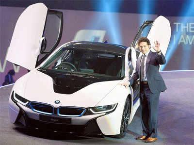 सचिन ने लॉन्च की 2.29 करोड़ की BMW