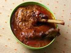Mutton curry with mustard oil