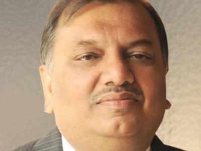 Dr.-Yatish-Agarwal