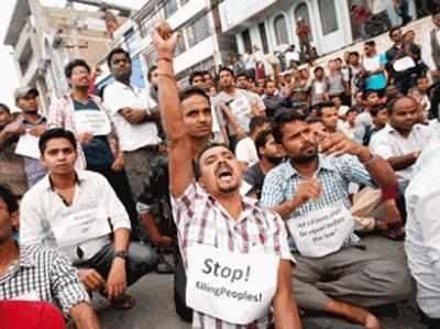 नए नेपाली संविधान में मधेसियों के हितों पर भारत की नजर