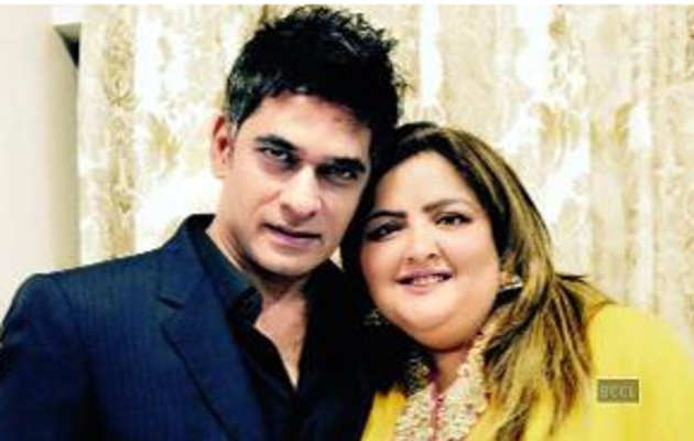 सुनैना रोशन को मिला एक बार फिर से प्यार