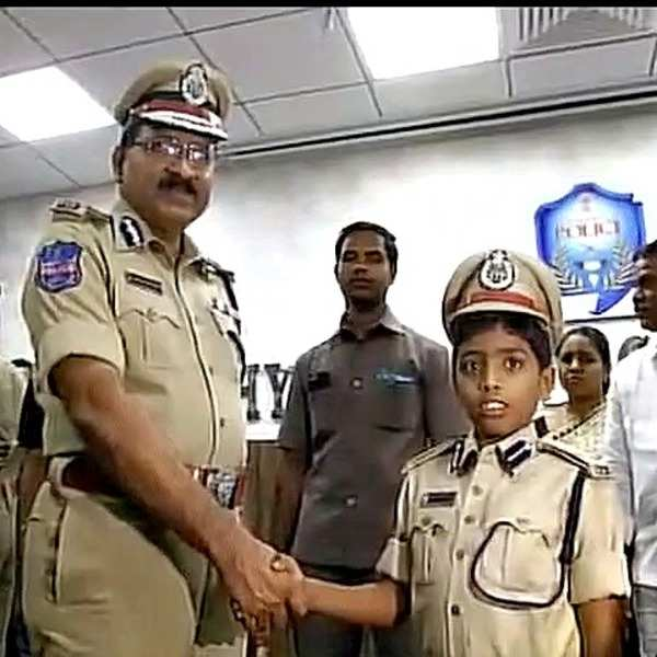 405236-ani-twitter-hyderabad-boy-one-day-commissioner