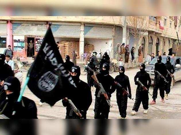 IS militants march