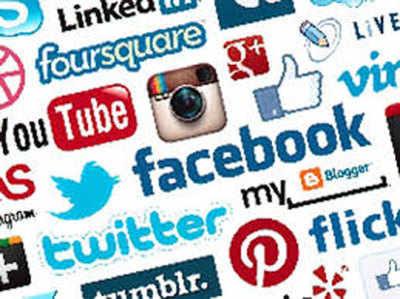 चुनाव में सोशल मीडिया की भूमिका पर विचार