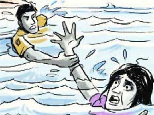 पिकनिक की जगह पसरा मातम, समुद्र में डूब कर 13 से अधिक छात्रों की मौत