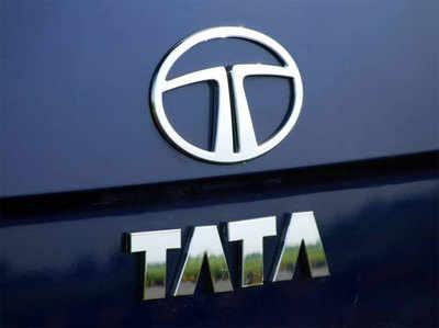 टाटा मोटर्स ने अपनी कारों के दाम 35 हजार रुपये तक बढ़ाए।