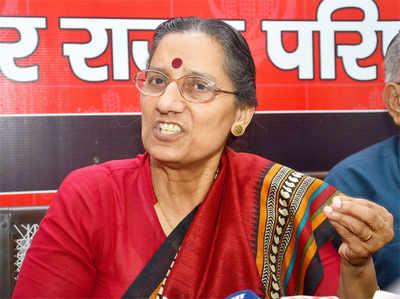 सीपीआई की नैशनल सेक्रटरी अमरजीत कौर ने साफ कर दिया है कि बंगाल में लेफ्ट और कांग्रेस का गठबंधन नहीं होगा