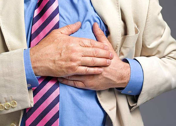 महीने भर पहले दिख जाते हैं हार्ट अटैक के लक्षण