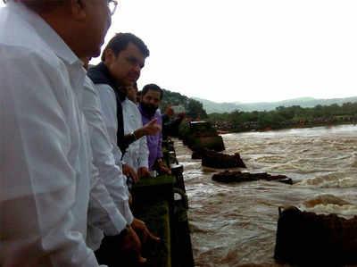 मुंबई-गोवा पुल दुर्घटनाः प्रदेश सरकार देगी 10 लाख मुआवजा।