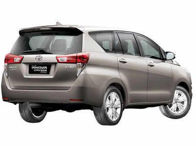 Innova-Crysta-Petrol-variant-back