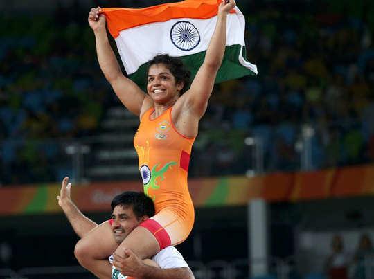 भारत की झोली में आया पहला मेडल, कुश्ती में साक्षी मलिक ने जीता कांस्य पदक