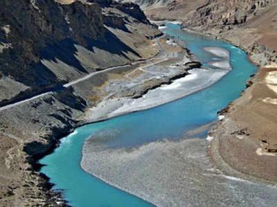 सिंधु जल समझौता 1960 में हुआ था...