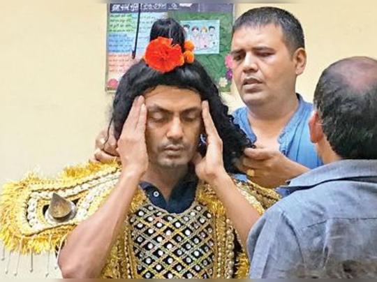 ராம்லீலா நாடகத்தில் முஸ்லீம் நடிகரா? சிவசேனா கடும் எதிர்ப்பு
