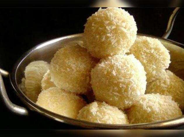 Coconut balls.jpg