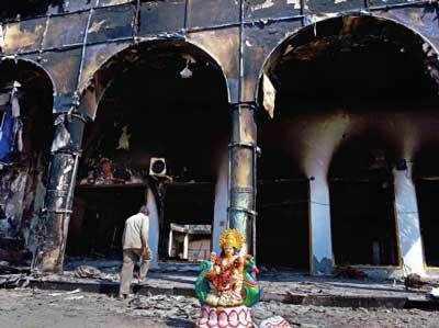 जाट आरक्षण आंदोलन के दौरान रोहतक में आगजनी का शिकार हुआ एक स्कूल (फाइल फोटो)
