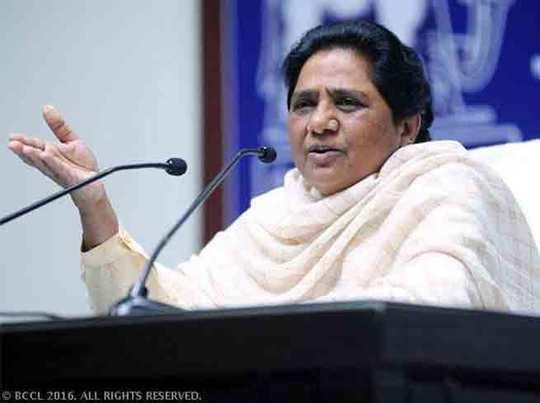 चुनावी फायदे के लिए धर्म का इस्तेमाल कर रहे एसपी और बीजेपी: मायावती