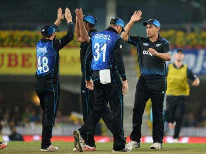 चौथे वनडे में न्यू जीलैंड ने भारत को 19 रनों से हराया