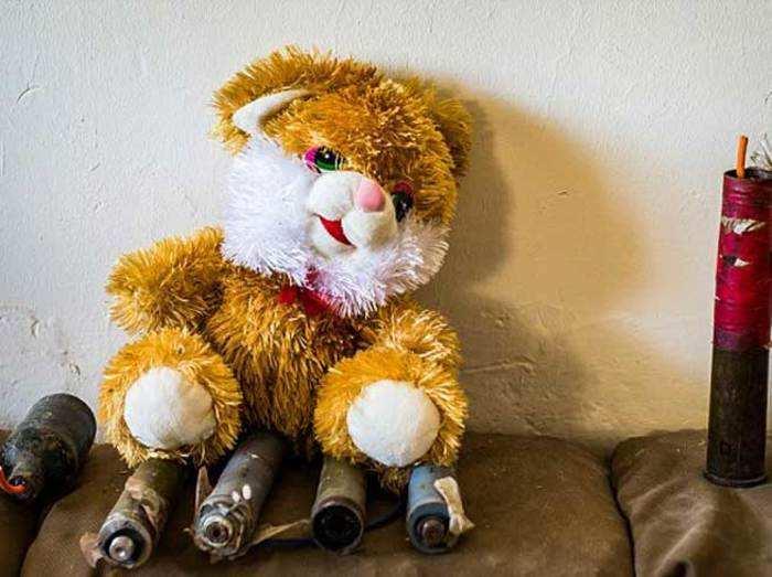 बच्चों को निशाना बनाने पर उतरा ISIS, खिलौनों में लगा रहा बम