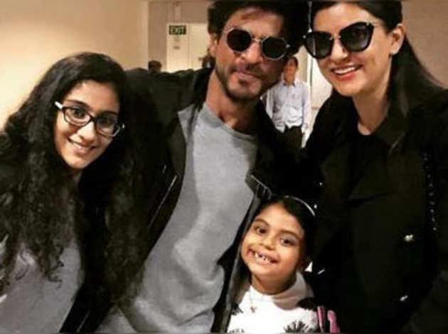 देखें: शाहरुख ने सुष्मिता सेन और उनकी बेटियों संग बिताए कुछ पल