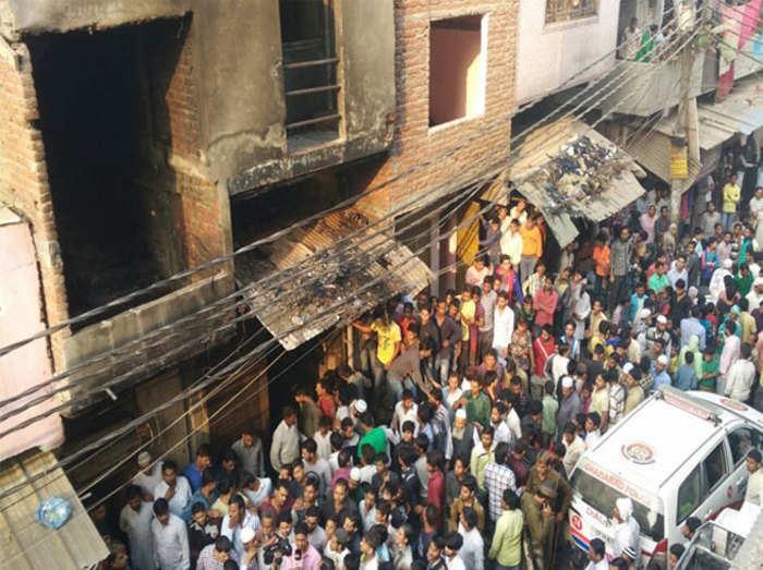 गाजियाबाद: साहिबाबाद में लेदर फैक्ट्री में भीषण आग, 13 लोगों की मौत