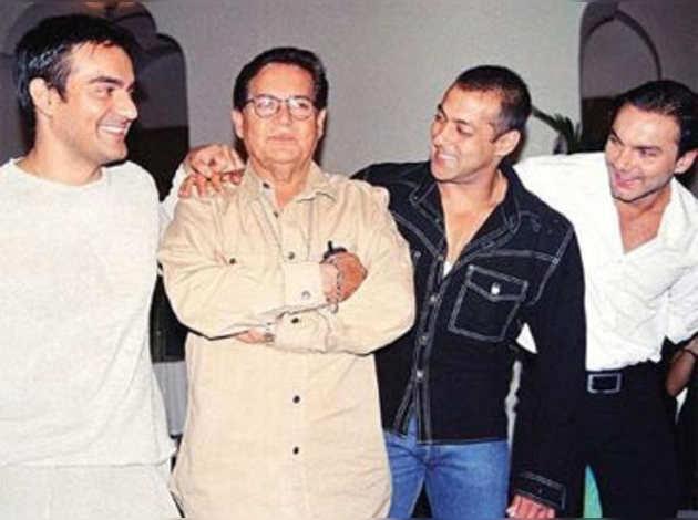 सलीम खान चाहते थे कि उनके बेटों में से एक बने क्रिकेटर