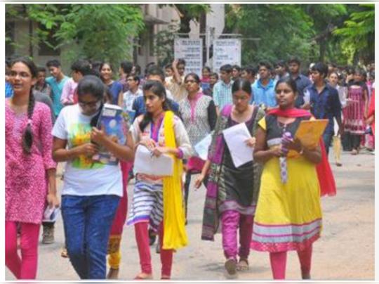 আবাসিক কলেজে স্থান নেই বিবাহিতা পড়ুয়াদের, নিদান রাজ্য সরকারের
