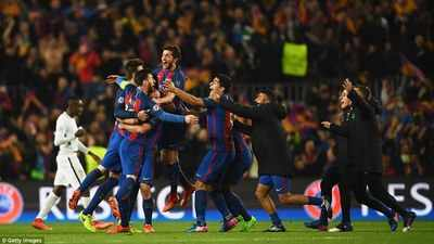 3E16000700000578-4295170-Barcelona_s_players_celebrate_at_the_full_time_whistle_after_pul-a-30_1489023487899