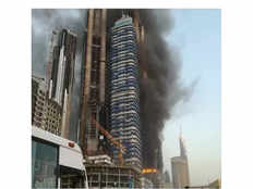 building near dubai mall catches fire