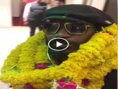chris gayle grand welcome in rajkot before gl vs rcb match