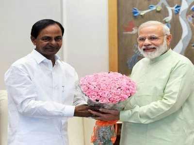 ప్రధానమంత్రి నరేంద్రమోదీతో తెలంగాణ సీఎం కేసీఆర్