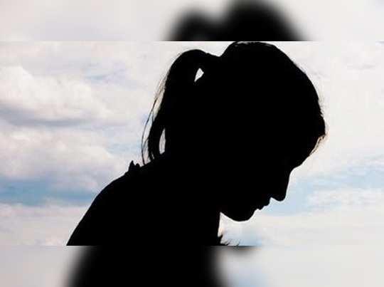 ধর্ষিতা ছাত্রীর মায়ের মুখ বন্ধ করতে ₹৫০ লাখ টোপ প্রিন্সিপালের
