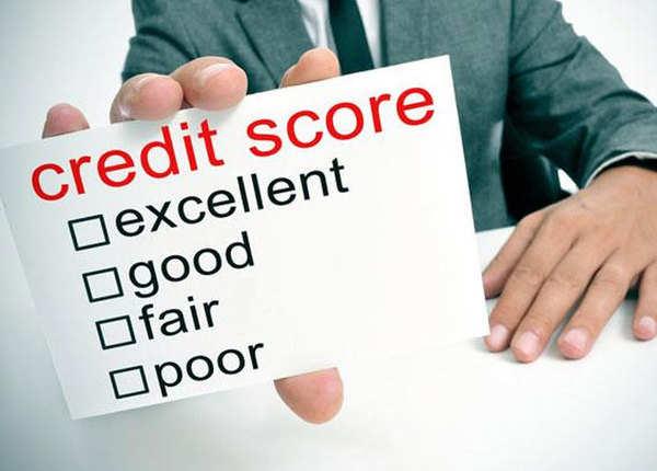 क्रेडिट स्कोर खराब है? यूं कर सकते हैं सुधार