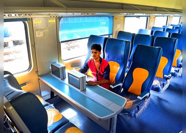 सीटों की कंफर्टेबल डिजाइन