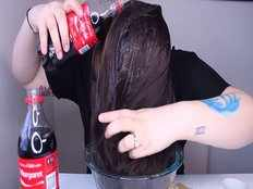 what happens when you put coca cola on your hair