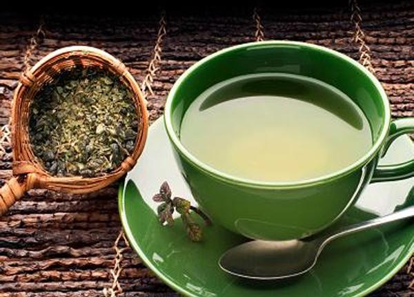 ऑरल हेल्थ के लिए फायदेमंद है चाय