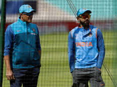 kohli change the decision of battting first in champions trophy final