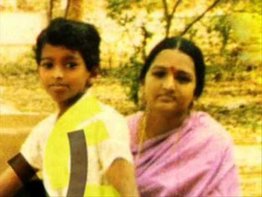 actor vijay childhood photos | Samayam Tamil Photogallery